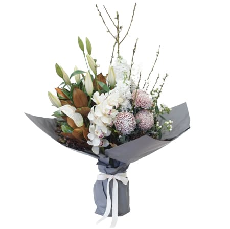 Premium White and Cream bouquet