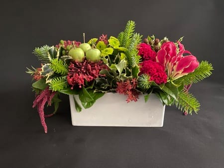 Small Christmas Red and Green Table Centre