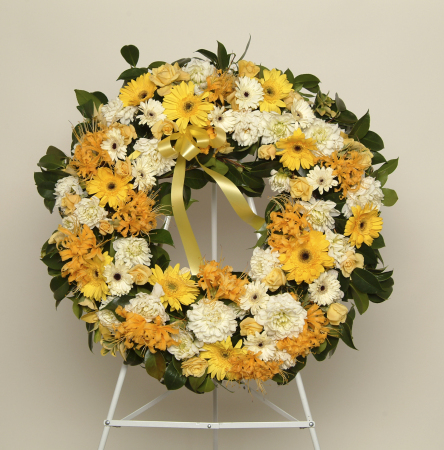 Yellow and White Wreath (Suitable for funeral services only)