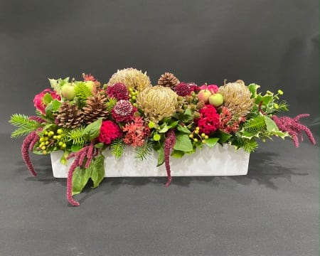 Large Christmas Red and Green Table Centre
